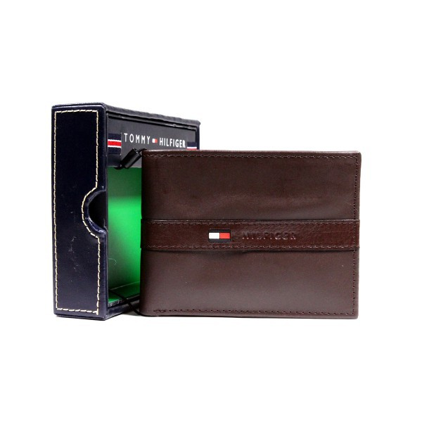 New Tommy Hilfiger Dark Brown Leather Wallet Billfold Credit Card Passcase Men