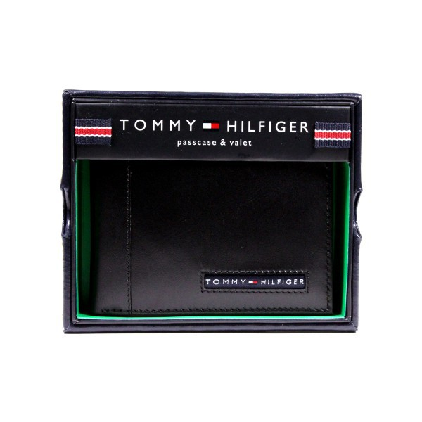 Genuine Tommy Hilfiger Black Leather Wallet New Billfold Credit Card Passcase ID