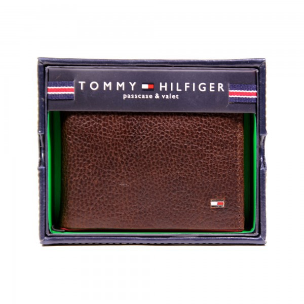 New Tommy Hilfiger Brown Textured Leather Wallet Billfold Credit Card Passcase